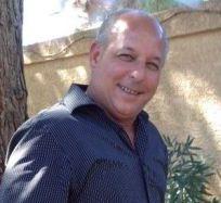 Carlos Amador, Sales Agent