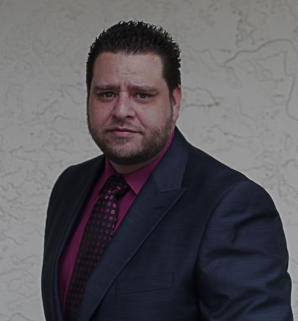 Victor  Ramirez, Sales Agent
