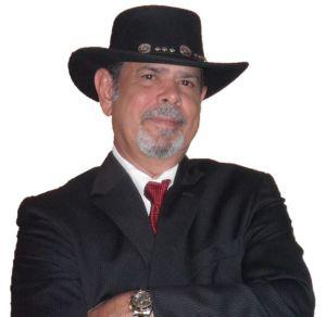 Enrique Lantigua, Sales Agent