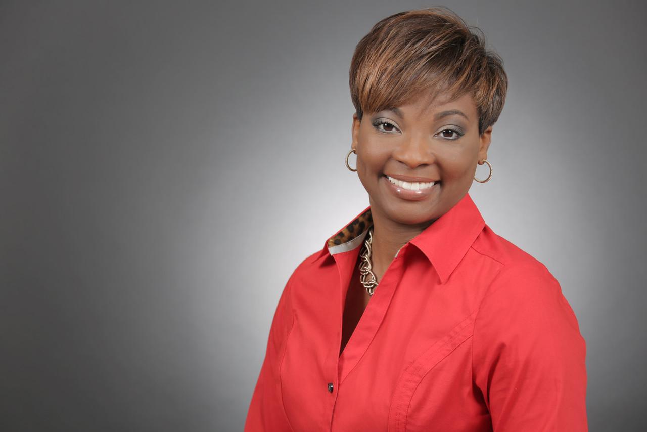 Natalie Lewin, Sales Agent